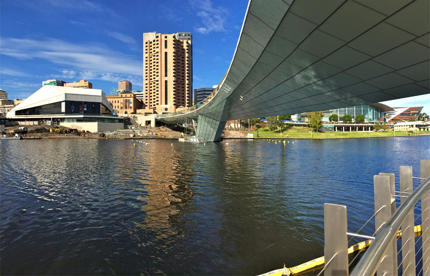 Riverbank bridge opens in adelaide tonkin zulaikha greer for Architects adelaide